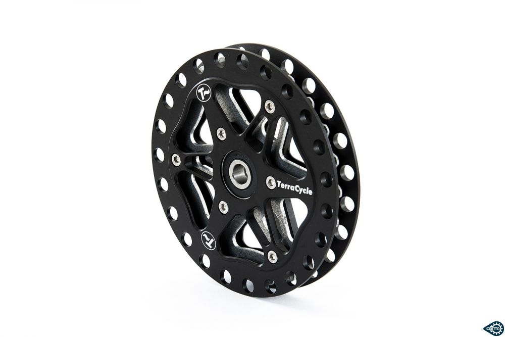 Idler pulley for recumbent bicycle trike TerraCycle