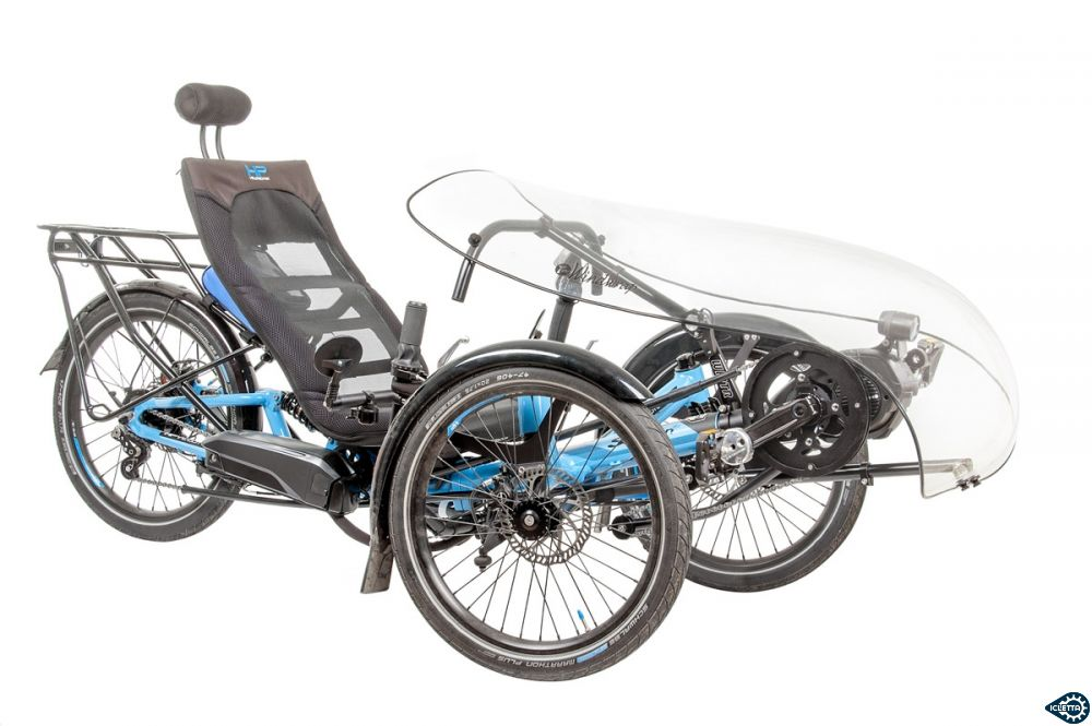 TerraCycle Windwrap WGX Frontverkleidung mit WINTR Mount am HP Velotechnik Scorpion